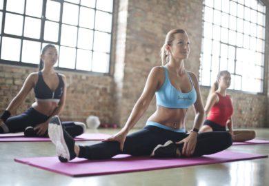 Jak poprawić piersi ćwiczeniami?