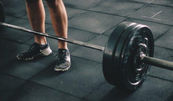 Deska – ćwiczenie fitness dla każdego